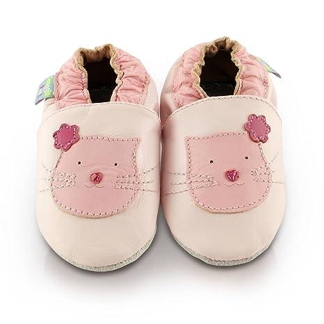 84140db7f228c Snuggle Feet - Chaussons Bébé en Faux Cuir Doux - Rose avec Chaton Mignon (6