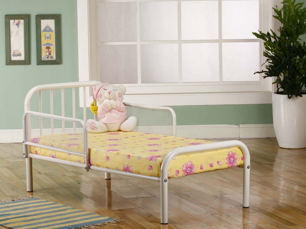 Amazoncom Kings Brand Furniture Metal Toddler Bed Frame with