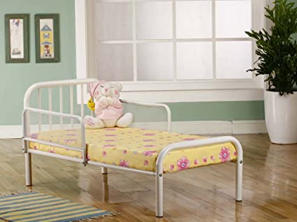 Amazon.com: Kings Brand Furniture Metal Toddler Bed Frame with Rails ...