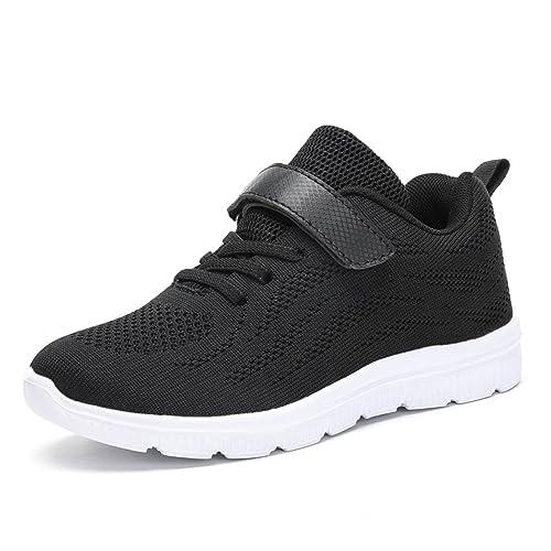 165f191e Estos zapatos deportivos en color negro están diseñados con una suela de  goma blanca muy cómoda. Además, tienen un ajuste más seguro de cordones y  broche ...