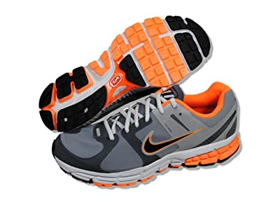 add344bcb4b13 NIKE Zoom Structure Triax+ 15 Shield Running Shoes - 14  Amazon.co ...
