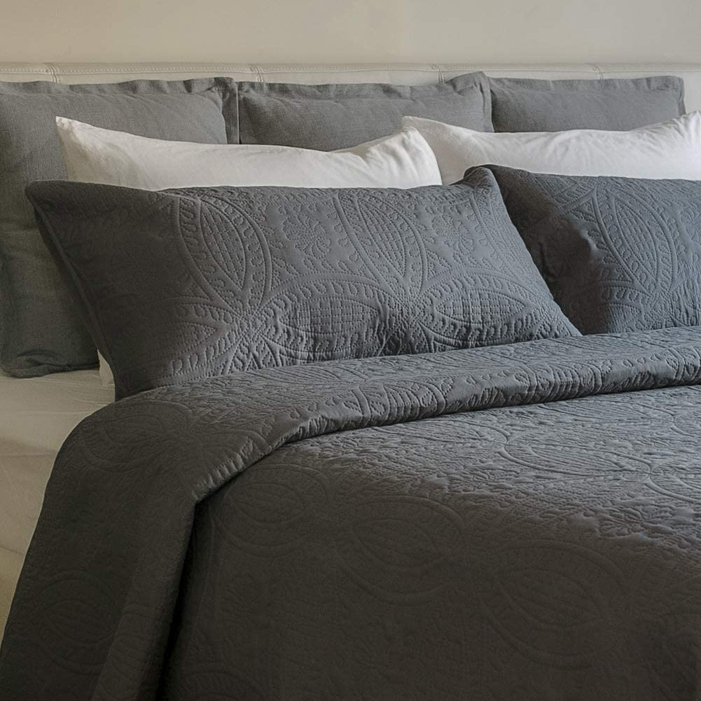 Mezzati Bedspread Coverlet Set Gray – Prestige Collection - Comforter Bedding Cover – Brushed Microfiber Bedding 2-Piece Quilt Set (Twin/Twin XL, Gray)