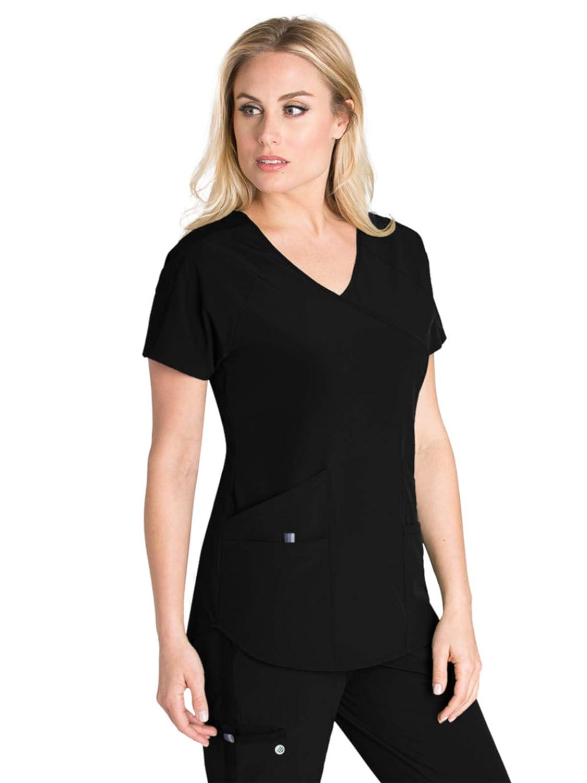 d003379ec22 Amazon.com  Barco One Wellness BWT008 Women s Modern Fit 4-Pocket V-Neck  Raglan Zen Scrub Top  Clothing