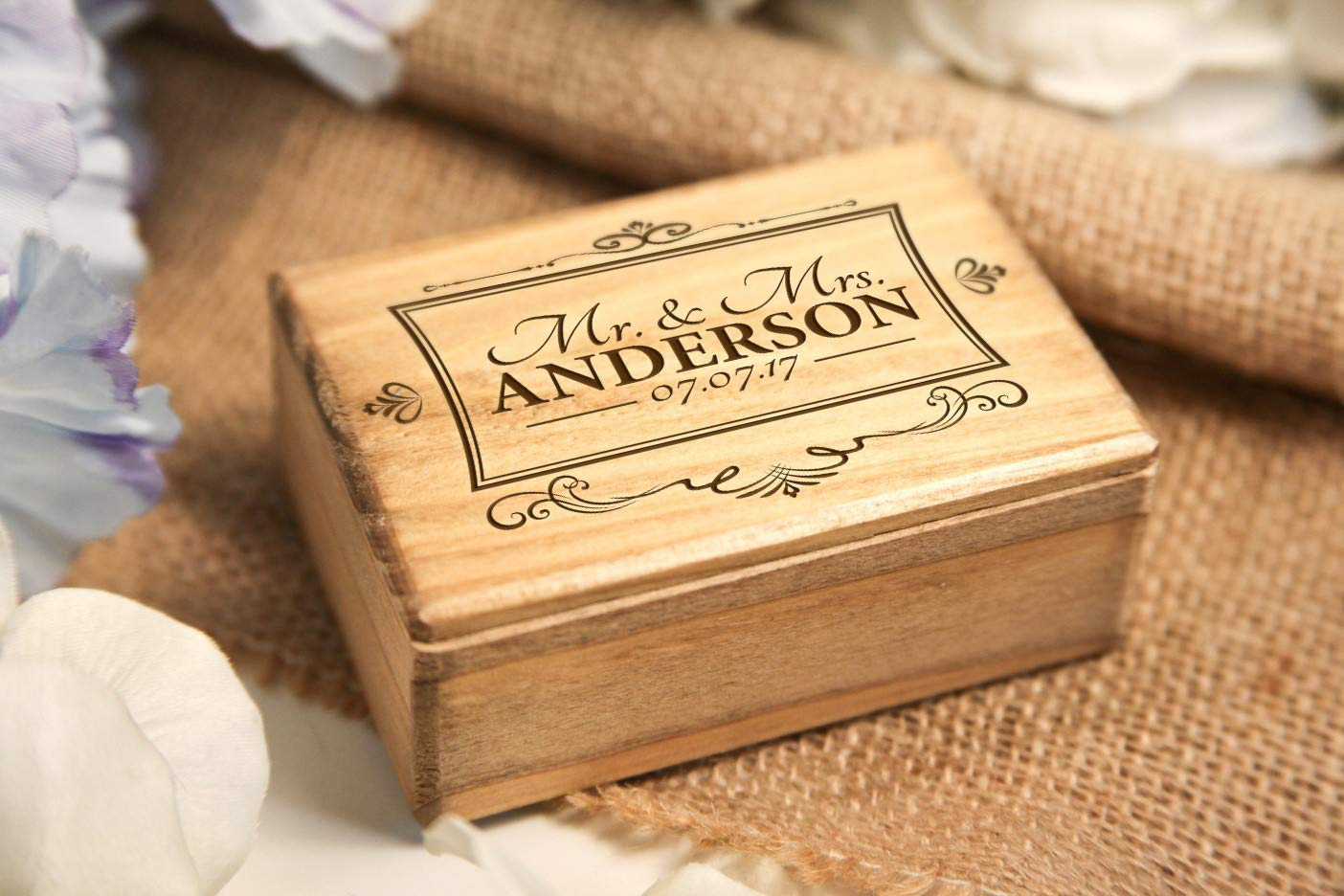 Amazon Com Personalized Jewelry Box Mr Mrs Vintage Square