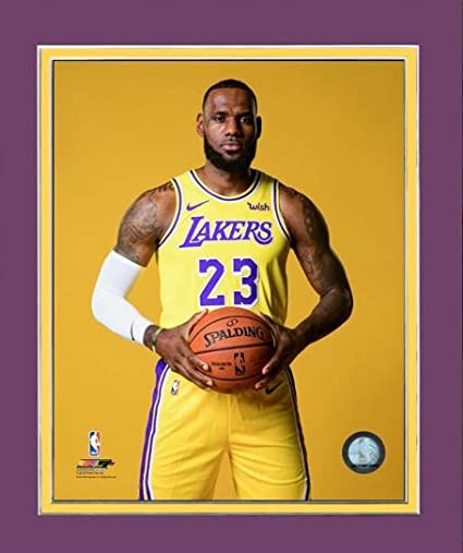 reputable site 5c139 8cbf5 LeBron James Lakers Photo Picture - Standing, Gold Nike ...