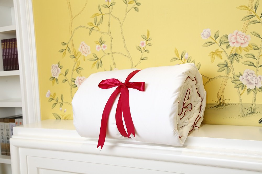 Silk Camel Luxury Allergy-free Comforter filled with 100% natural long strand mulberry silk for Winter - Twin Size