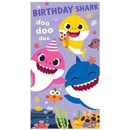 Tarjeta de felicitación de cumpleaños con diseño de tiburón ...