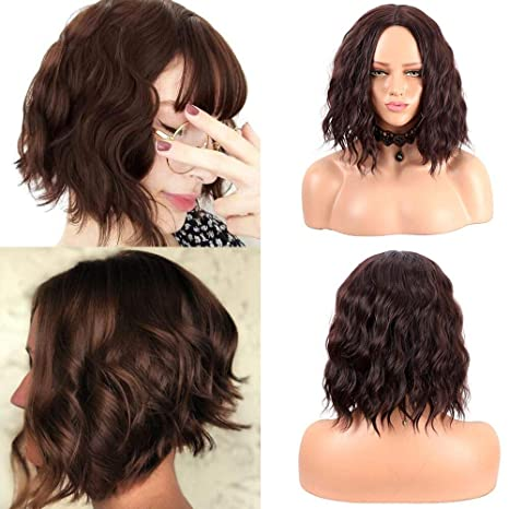 Peluca corta de mujer de aspecto natural rizado, peluca de color marrón oscuro de 14 pulgadas peluca sintética resistente al calor de la parte media
