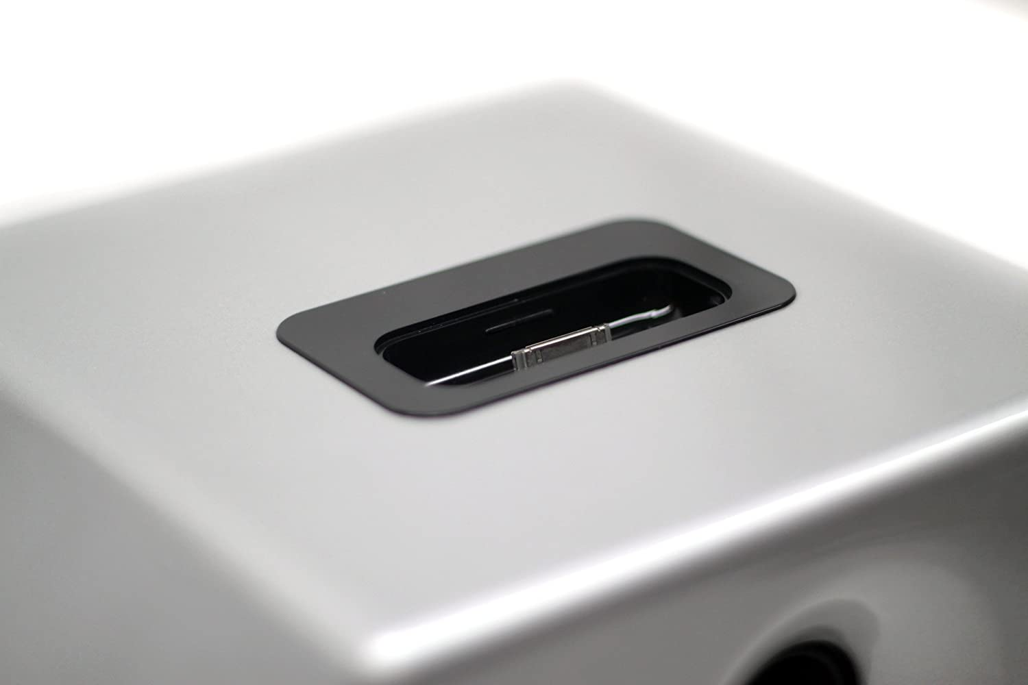 Silver Piano Gloss, Pair Earthquake Sound IQ52S iPod Docking Speaker System