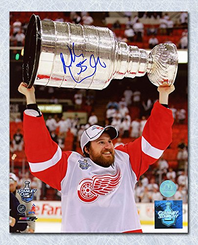 3b5d87f0bd6 Niklas Kronwall Detroit Red Wings Autographed Stanley Cup 8x10 Photo ...