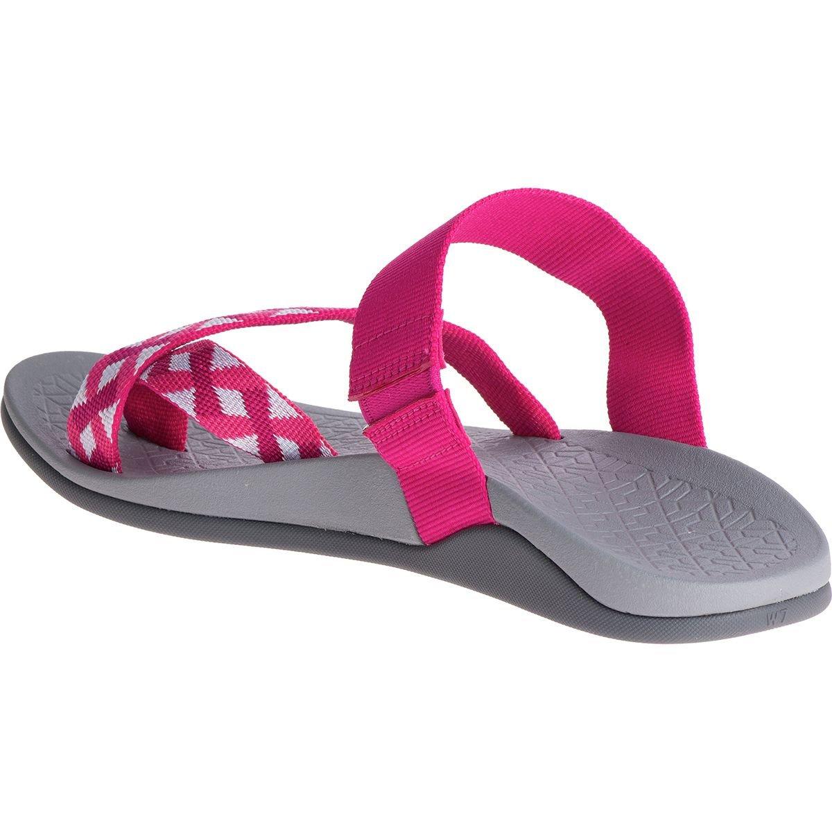 24f0a1d3dfe9 Chaco Women s Tetra Cloud Braid Berry Sandal  Amazon.in  Shoes   Handbags