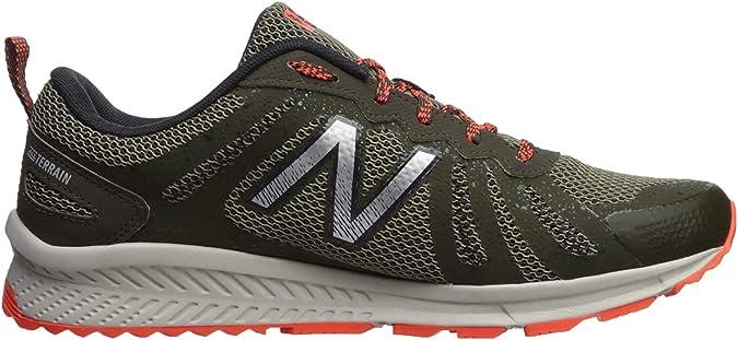 New Balance 590v4, Zapatillas de Running para Hombre: Amazon ...