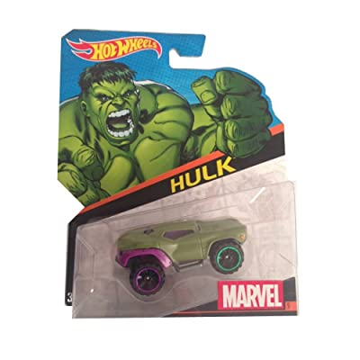 Hot Wheels, Marvel Character Car, Hulk (Green) Die-Cast Vehicle #5: Toys & Games