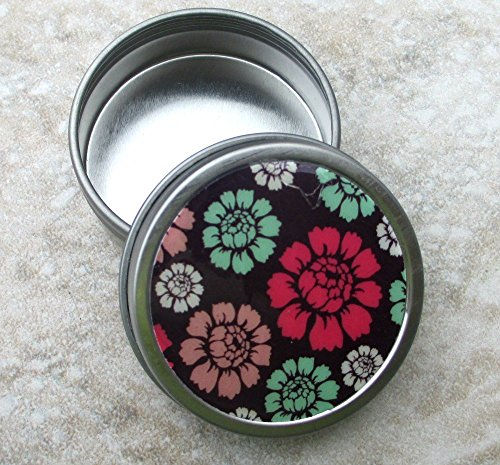 Red Green Cabbage Rose design Decorative Tin, Screw top lid, 1oz capacity