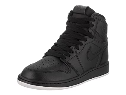 Amazon.com  Jordan Air 1 Retro OG (Kids) Black  Jordan  Sports ... 4028f9b0308
