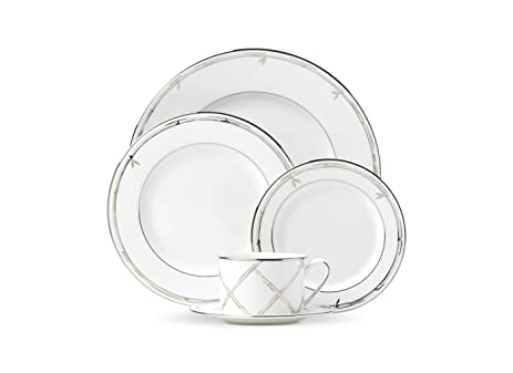 Kate Spade New York Emmett Street Platinum Dinnerware 5-Piece Place Setting White and  sc 1 st  Amazon.com & Amazon.com | Kate Spade New York Emmett Street Platinum Dinnerware 5 ...