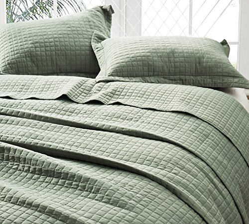 Byourbed BYB Classic Supersoft Quilt - Pre-Washed with Cotton Fill - Moss Green - Oversized Queen XL
