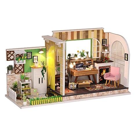 Amazoncom Yamart Dollhouse Diy Wooden Miniature Dollhouse