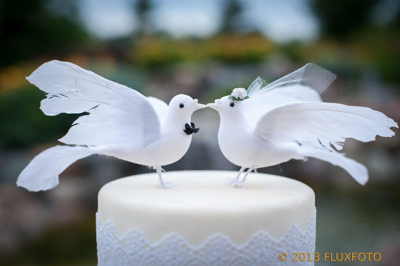 Lovey Dove Cake Topper: Elegant \