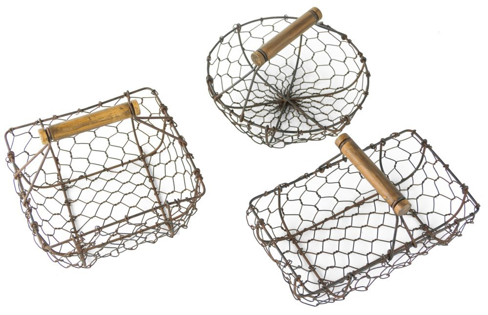 Rustic Metal Wire Berry Basket with Handles, Country Style - Set of 3