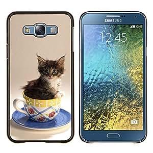 EJOOY---Cubierta de la caja de protección para la piel dura ** Samsung Galaxy E7 E700 ** --Gatito Gato lindo en una taza