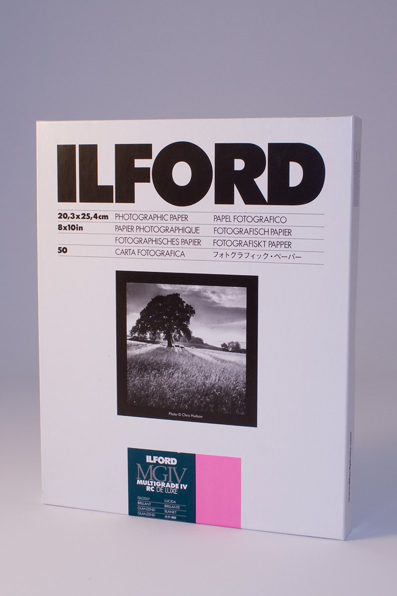 Ilford Multigrade IV RC Deluxe MGD.1M Black and White Variable Contrast Paper (8 x 10 Inches, Glossy, 50 Sheets) (1770339)