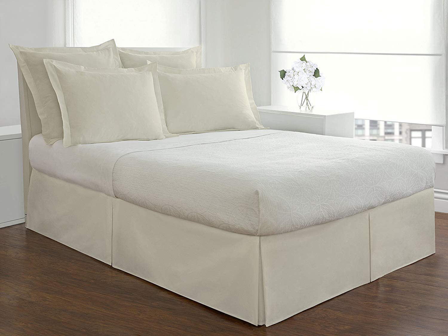 Idea Linen Ultra Soft Bed Skirt Premium Cal-King Size Ivory with 18 Inch Drop 300 Thread Count Hotel Qualit Quadruple Pleated Hypoallergenic Wrinkle and Fade Resistant