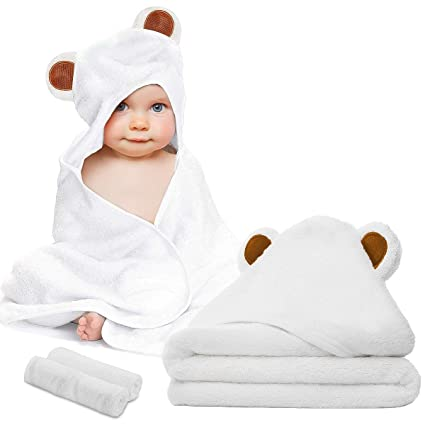 NEW BABY HOODED TOWEL AND WASHCLOTH SET GRAY BEAR