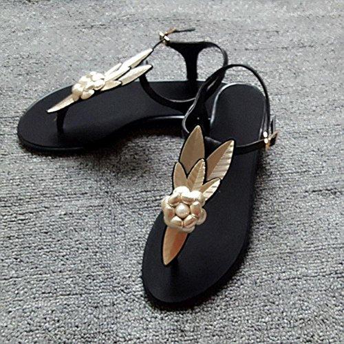 Sandalias del ms de cuero sujetadores de metal femeninos deletrea color sandalias planas de Europa y América las sandalias Black