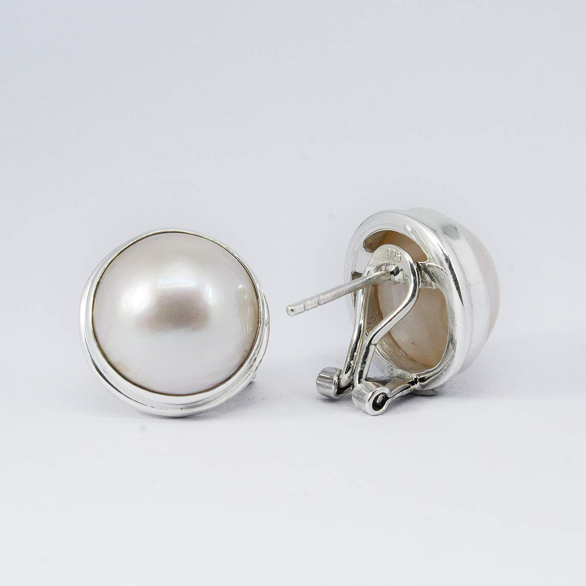 white mabe earstuds Bali handmade 925 sterling silver ear studs with enchanting 14.5-15.0 mm white mabe Round white mabe pearl earrings perfect white mabe