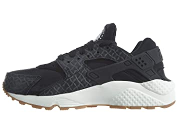 newest 531a3 2bb2a Nike Womens Huarache Run Fabric Low Top Lace Up Running Sneaker, Black,  Size 5.5