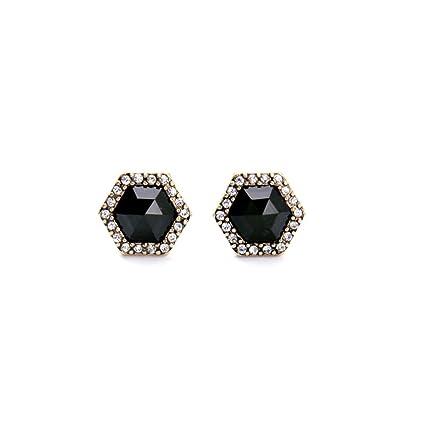 Amazon.com  ptk12 Wholesale Small Stud Earrings Women s Trendy ... 0f80f0d66