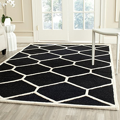 Safavieh Cambridge Collection CAM144E Handcrafted Moroccan Geometric Black and Ivory Premium Wool Area Rug (5' x 8') by Safavieh