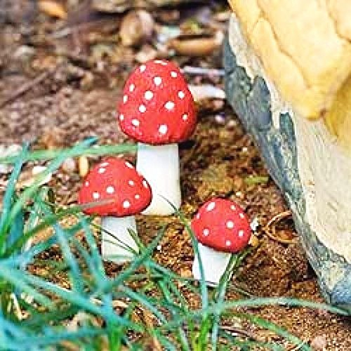 New Miniature Mini Dollhouse FAIRY GARDEN Accessories - Mushroom - Spotted Red Set of 3 - Supplies Acces. ()