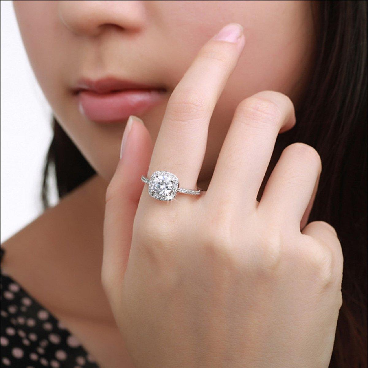 Amazoncom Ularmo 2015 Womens Shinning Big Square Stone Finger