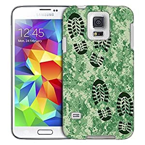 Samsung Galaxy S5 Case, Slim Fit Snap On Cover by Trek Footprints on Digital Green Camouflage Trans Case