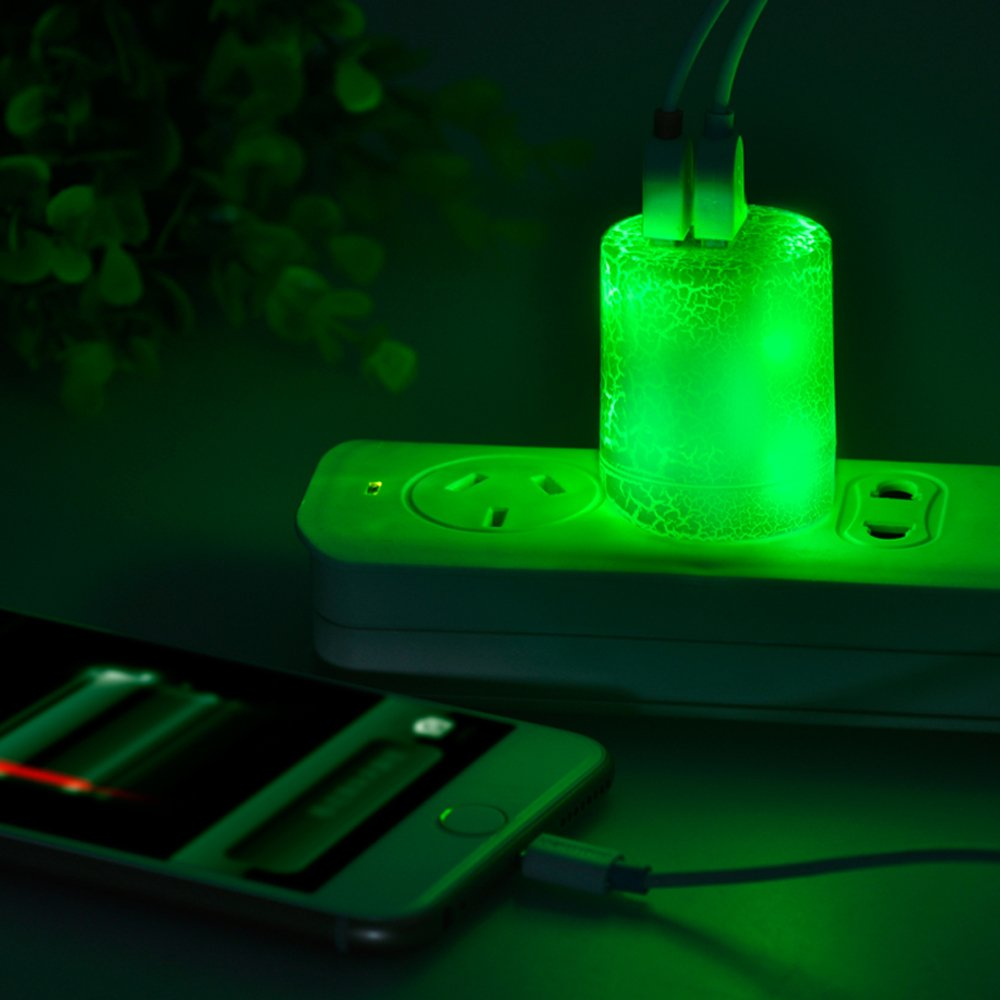 Momen 2 Amp Glow in the Dark Wall Charger/ 2-Port USB LED Travel Charger with Foldable Plug for iPhone 4s/5s/6s plus, iPod 5, Samsung Galaxy S4/S5/S6, HTC M8 M9, Sony Xperia Z3, LG G3 G4 (Green Light)