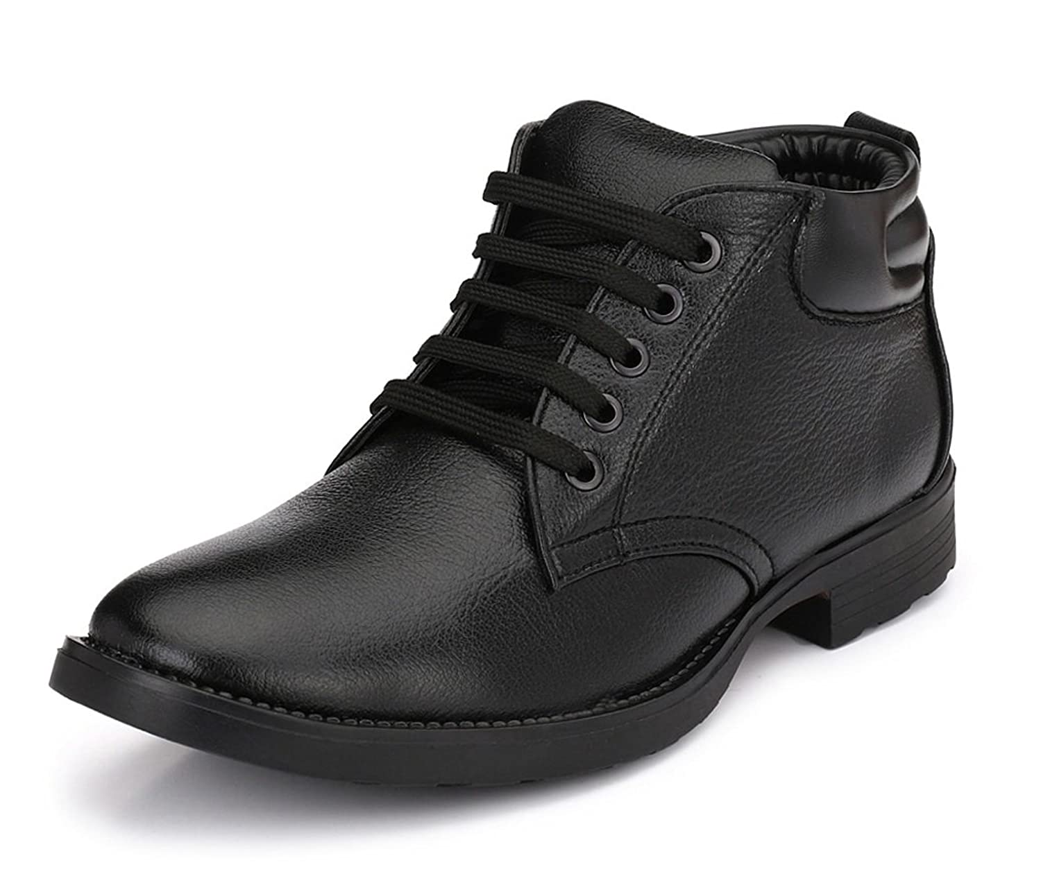 8c2e913a9788 Boots For Men  Buy Men Boots online at best prices in India - Amazon.in