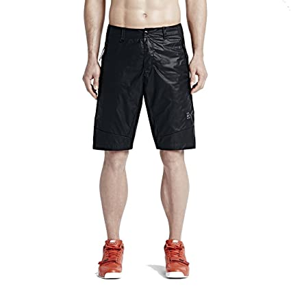 19714ca0ea54 Amazon.com  Nike Mens NikeLab NikeCourt Woven Nylon Tennis Shorts Black  Large  Sports   Outdoors