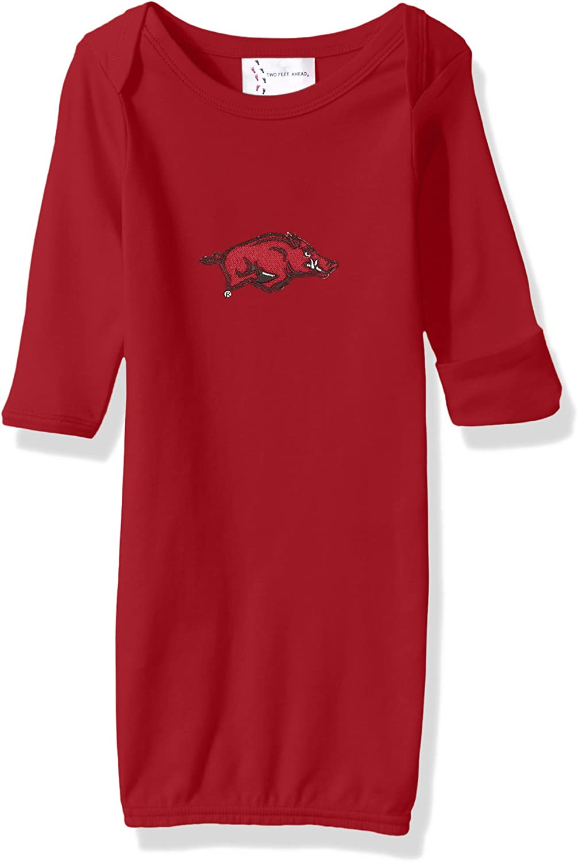 Two Feet Ahead NCAA Arkansas Razorbacks Children Unisex Layette Gown,One Size,Crimson