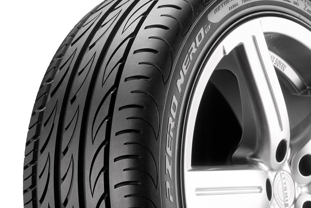 E//B//73 Neum/ático veranos 255//35//R18 94Y Pirelli P Zero Nero GT