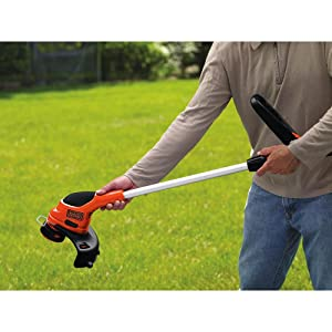 BLACK+DECKER LST220 12-Inch 20-Volt Lithium-Ion Cordless GrassHog Trimmer review