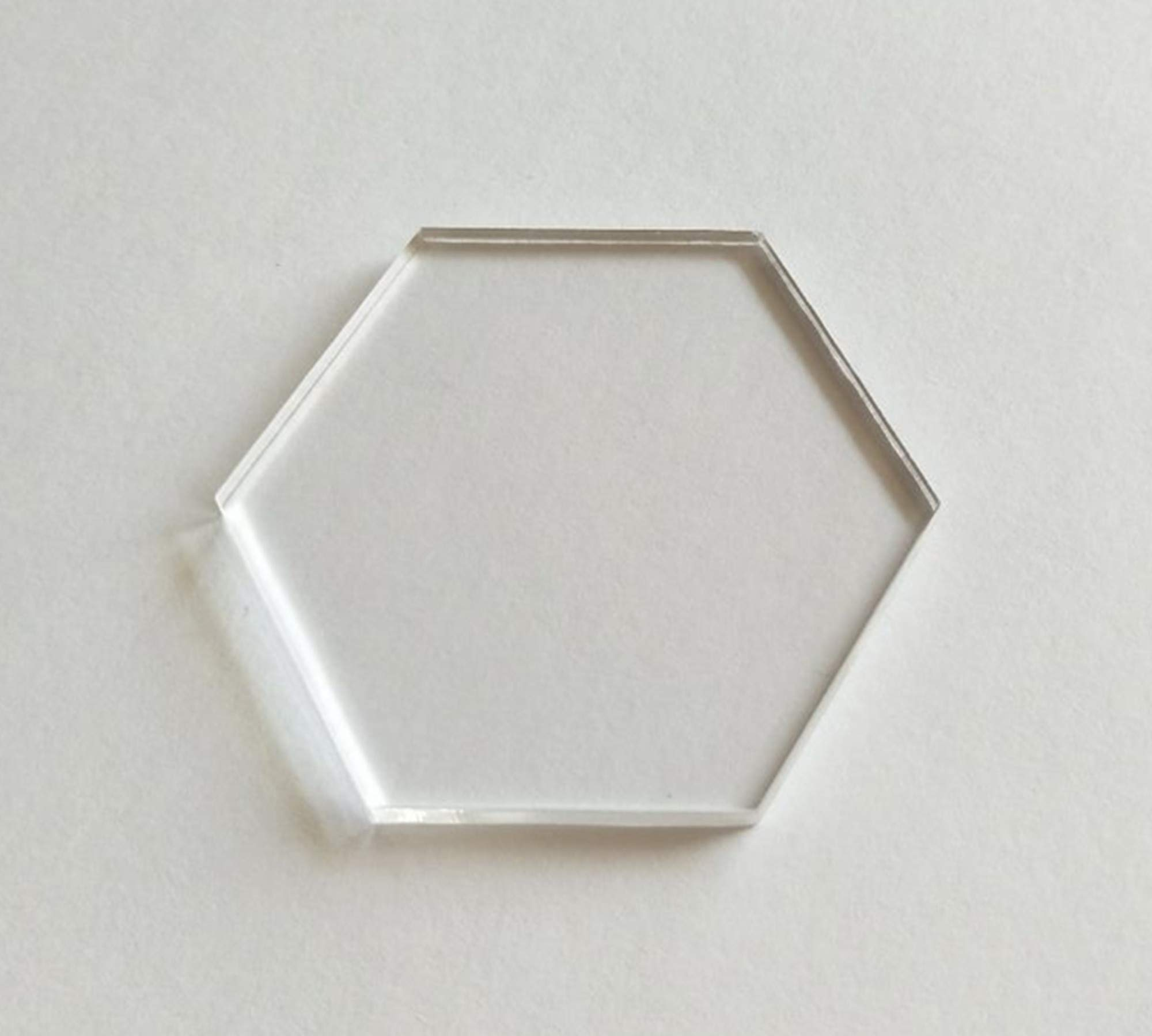 YongPan 20PCS Acrylic Blanks Hexagon Clear Tag, Acrylic Coaster Hexagon Place Card Names Wedding Signs for Wedding, DIY Crafts Making and Home Decoration (Clear, 4'') by YongPan