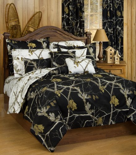 - Realtree AP Black Camo 7 Pc Queen Reversible Comforter Set and AP White Camo Sheet set - Entire Set includes: (1 Queen Reversible Comforter, 1 Queen Flat Sheet, 1 Queen Fitted Sheet, 2 Pillow Cases, 2 Pillow Shams) SAVE BIG ON BUNDLING!