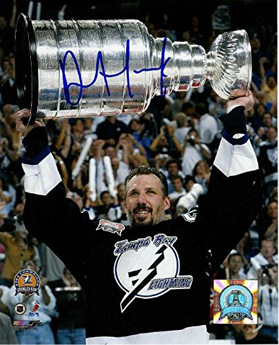 DAVE ANDREYCHUK Tampa Bay Lightning SIGNED 8x10 Photo Autographed NHL Photos