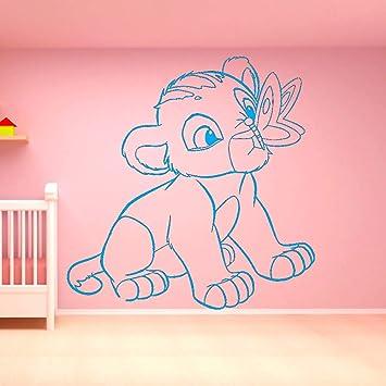 Película de dibujos animados Rey León Cute Little Simba butterfly ...