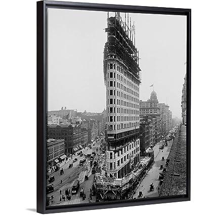 3e52eef8b0e Amazon.com  Floating Frame Premium Canvas with Black Frame Wall Art ...
