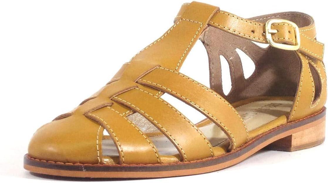 1950s Shoe Styles: Heels, Flats, Sandals, Saddle Shoes Chelsea Crew Carina Womens Flats $65.00 AT vintagedancer.com
