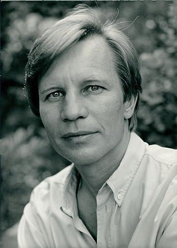 Michael York ventura