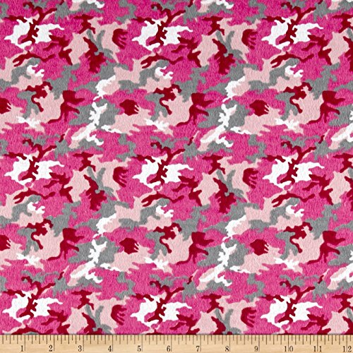 CAMELOT Fabrics Printed Flannel Camo Pink Fabric by The ()